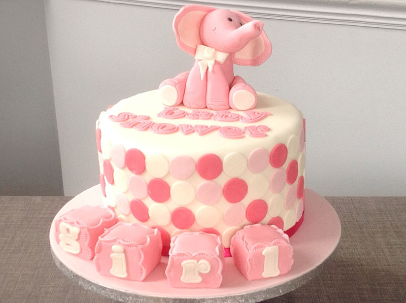 Baby-Shower-Cake-with-Building-Blocks.jpg