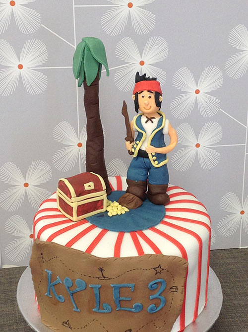 Childs Pirate And Treasure Chest Birthday Cake Bakery