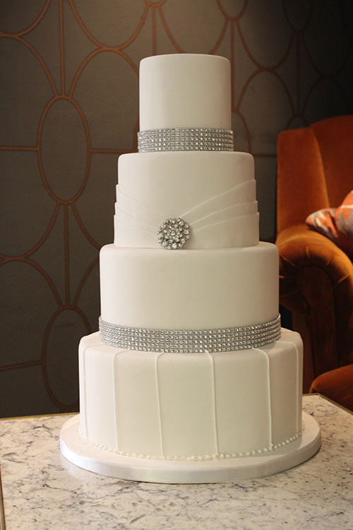 This Art Deco Style Cake Fitted In Perfectly At The Wedding Venue Which Was Dressed Diamante Bling On Really Sparkled With