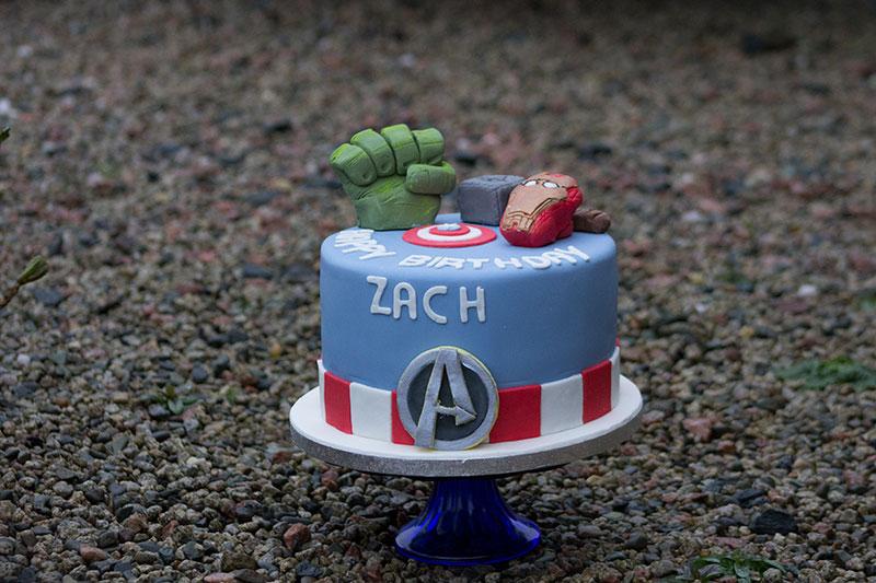 Marvel-Birthday-Cake.jpg