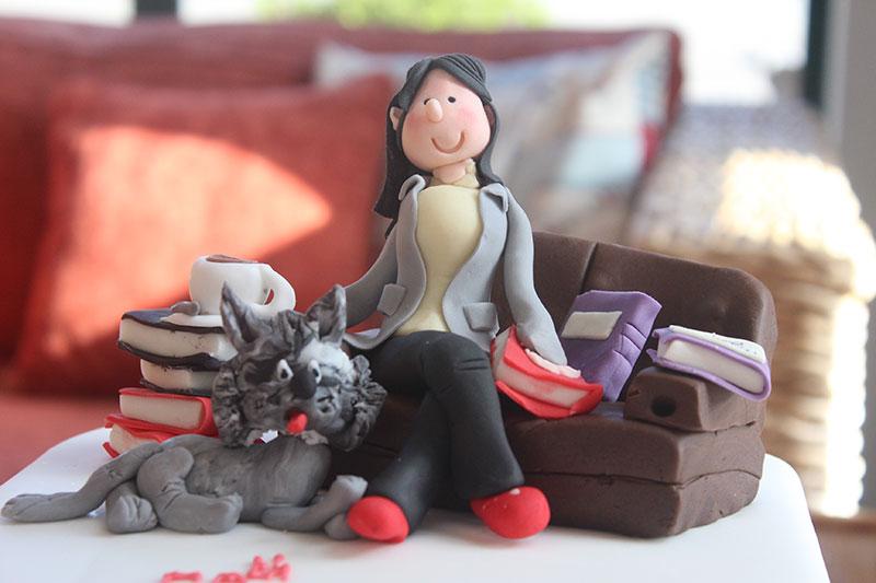 Relaxing-on-the-Sofa-Cake.jpg