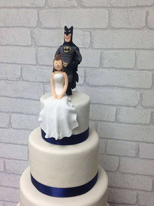 batman wedding cake toppers uk batman groom protecting his precious beide cake topper 11133