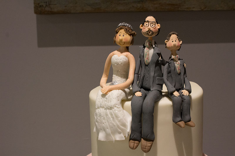 family wedding cake toppers uk family wedding cake topper bakery 14186