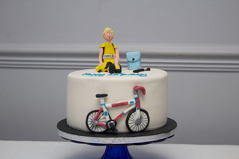Marvelous Road Racing Bike Birthday Cake Bakery Funny Birthday Cards Online Overcheapnameinfo