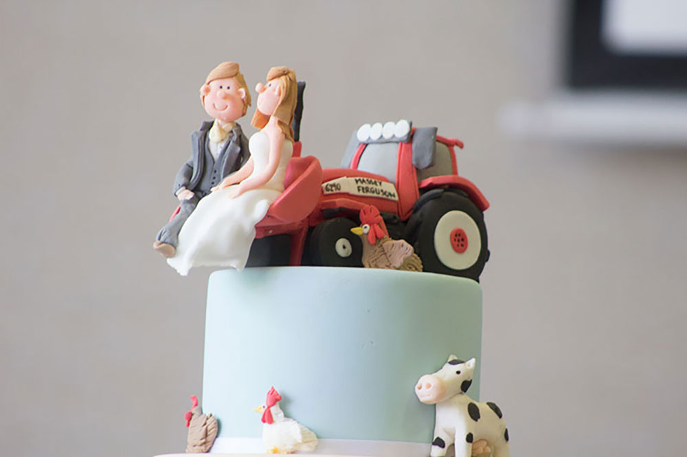 wedding cake toppers northern ireland wedding cakes northern ireland by relax cakes belfast 26556