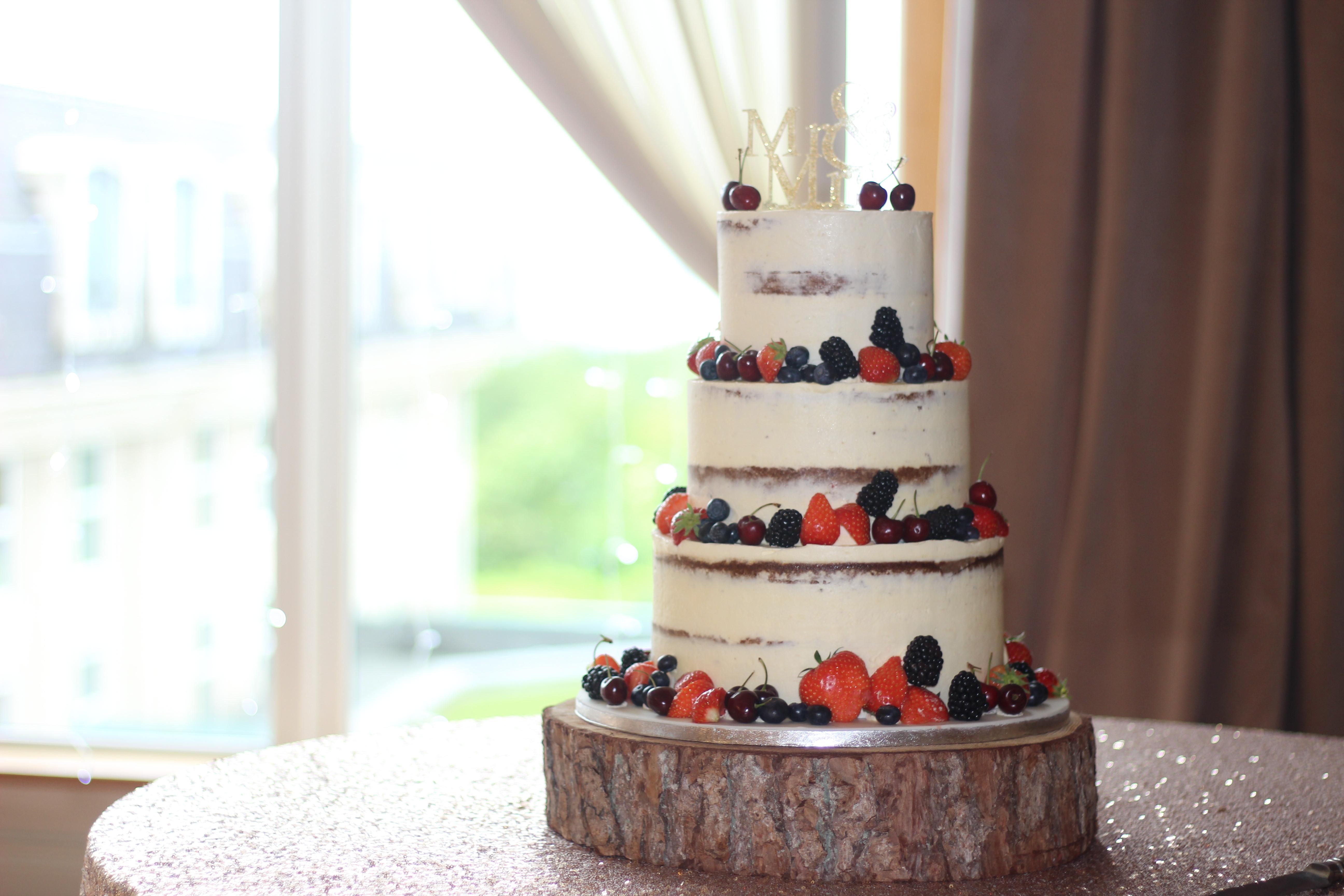 Semi Naked Cakes, Wedding Cakes, Buttercream Wedding Cakes